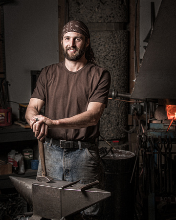Blacksmith Dan Russell with his Anvil - Carlton, WA